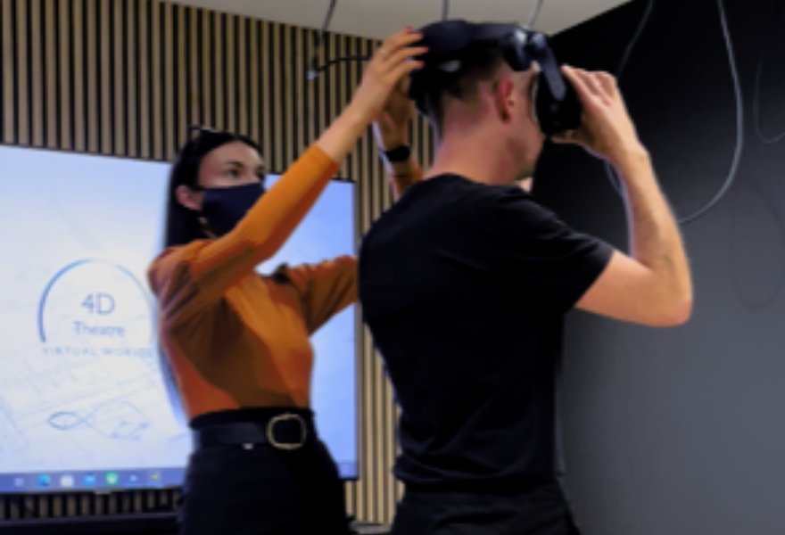 Laings launches Virtual Reality Theatre