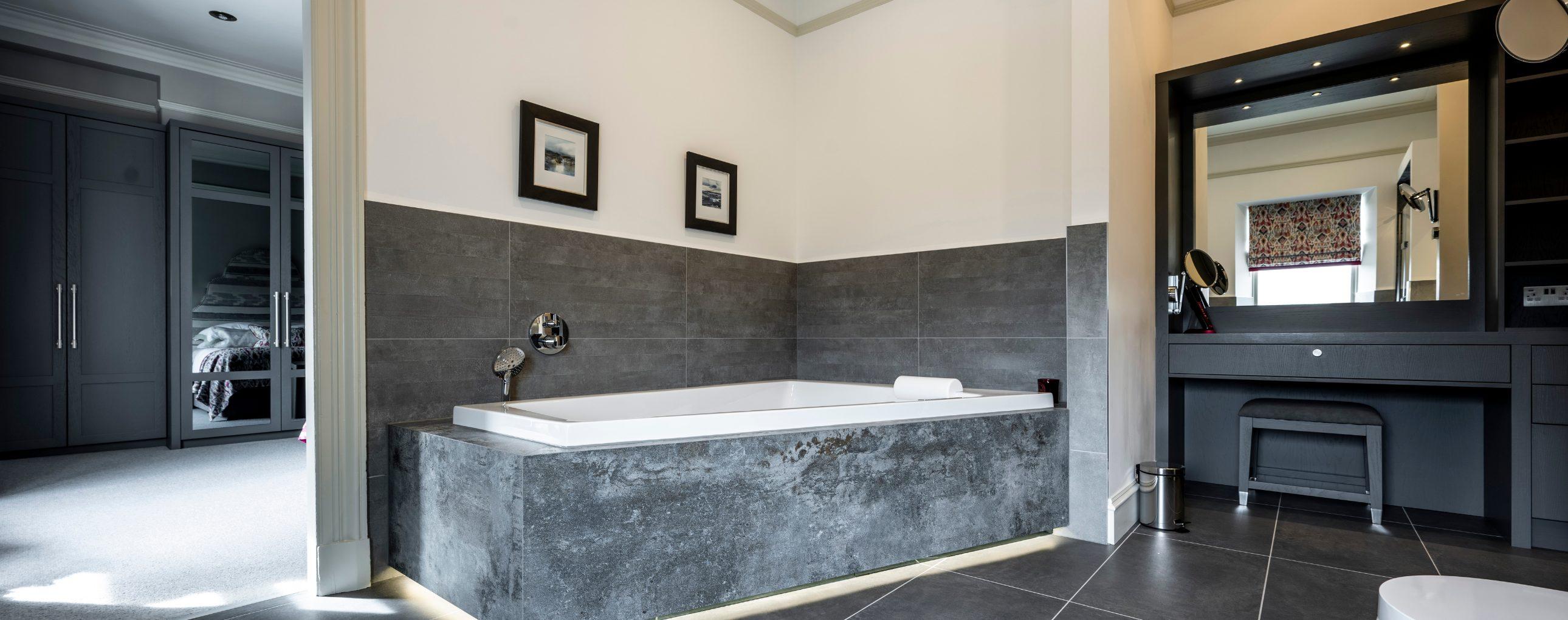 Aberdeen Bathroom & Dressing Room