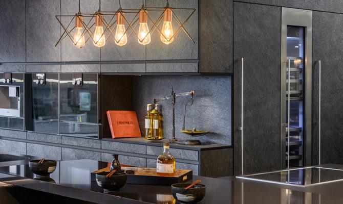 Installation - Kitchens
